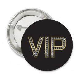Button VIP Shiny gold met eigen tekst