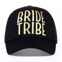 Prachtige cap zwart met in goudfolie de tekst Bride Tribe