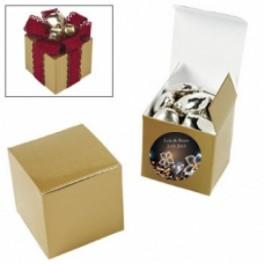 Pak met twaalf goudkleurige doosjes