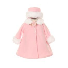Nostalgisch ogende fleece jasje met corsage en bijpassend hoedje roze