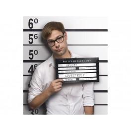 Foto prop Arrested