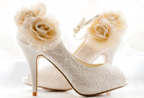 Bruidsschoenen: wie de schoen past…
