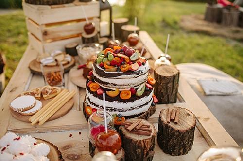 Tips voor een vrolijk gedecoreerde en relaxte festival bruiloft